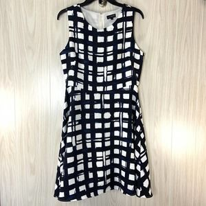 The Limited Sleeveless Dress Navy White Plaid 6